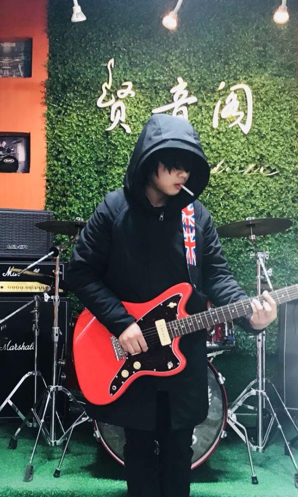 南昌ACG乐队招募鼓手与电吉他手[image.jpg]